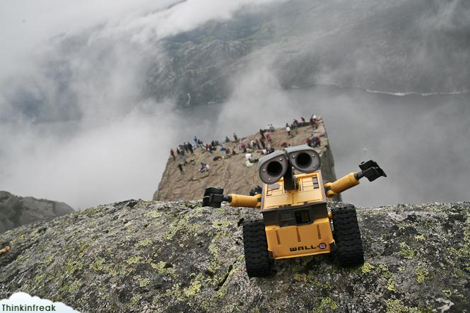 Wall-E en el Preikestolen
